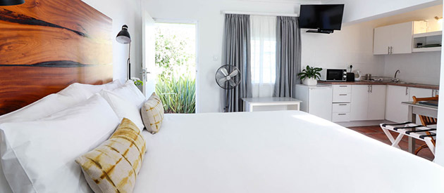 Whispering Oaks Guest House - George accommodation -  Western Cape